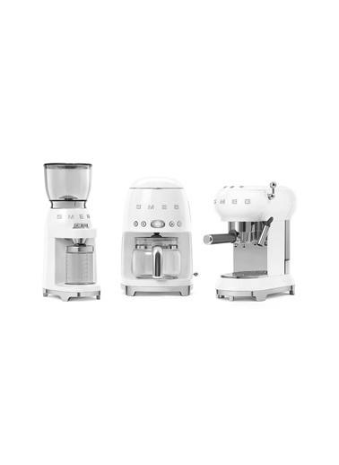 Smeg Beyaz Kahve Öğütme Makinesi Beyaz